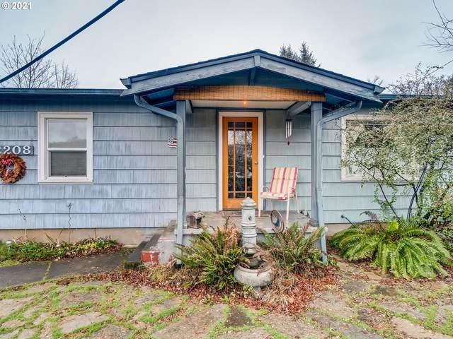 2208 SE 87TH Ave, Portland, OR 97216 (MLS #20084817) :: Premiere Property Group LLC