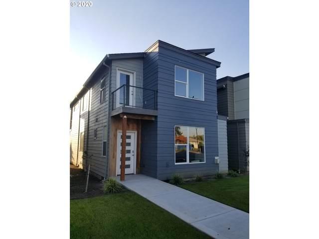 2883 SE Brookwood Ave, Hillsboro, OR 97123 (MLS #20121683) :: Lux Properties
