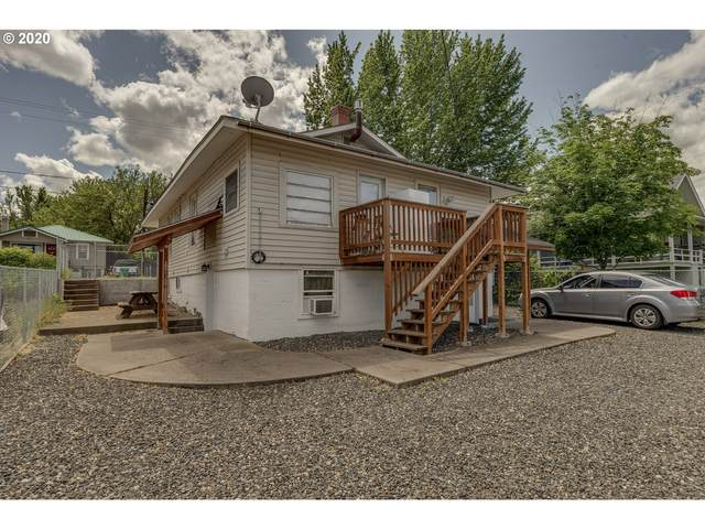 1121 E 9TH, The Dalles, OR 97058 (MLS #20125798) :: Holdhusen Real Estate Group