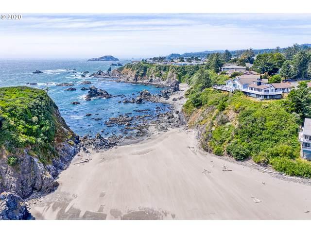 1115 Sandy Ln, Brookings, OR 97415 (MLS #20147371) :: Beach Loop Realty