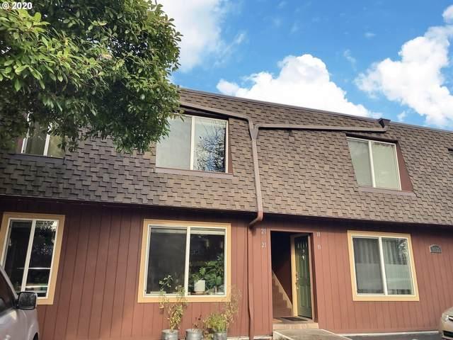 8833 N Syracuse St #15, Portland, OR 97203 (MLS #20171990) :: Lux Properties