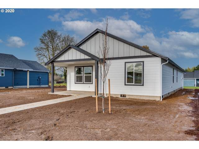 702 Roundtree Blvd, Winlock, WA 98596 (MLS #20197866) :: Holdhusen Real Estate Group
