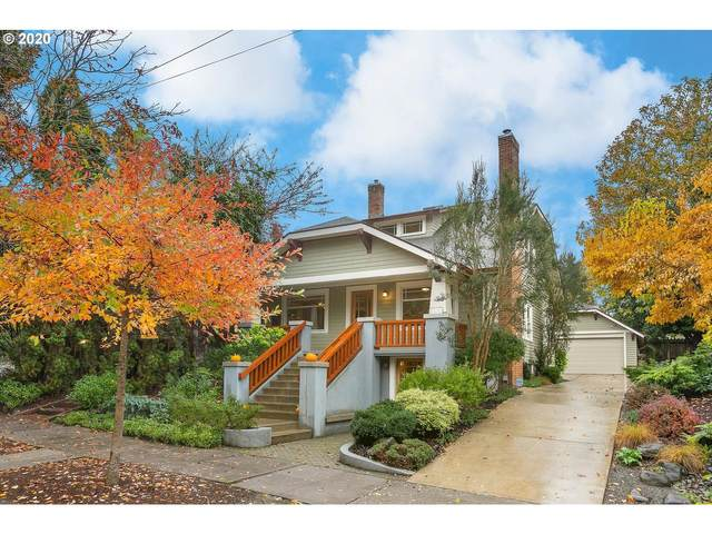 4046 SE Kelly St, Portland, OR 97202 (MLS #20226441) :: Lux Properties