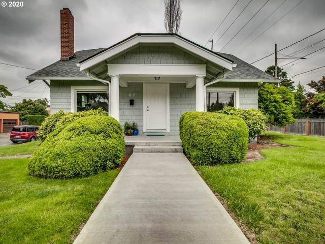 7 SE 52ND Ave, Portland, OR 97215 (MLS #20301589) :: Fox Real Estate Group