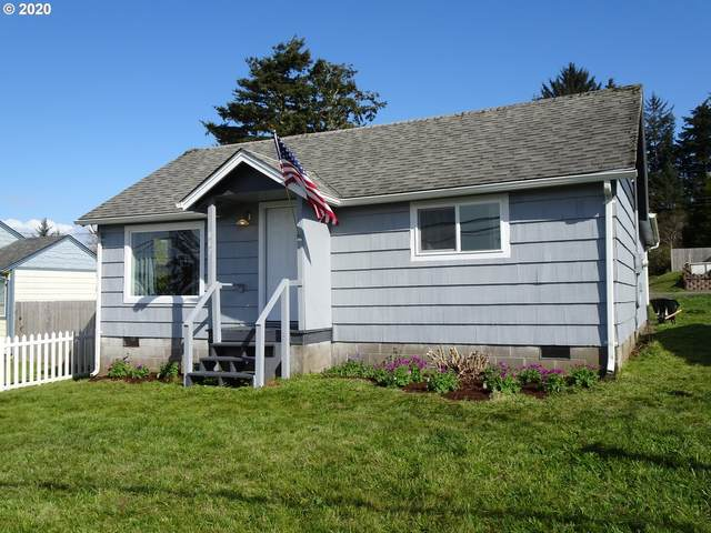 887 S Empire Bv, Coos Bay, OR 97420 (MLS #20315029) :: Cano Real Estate