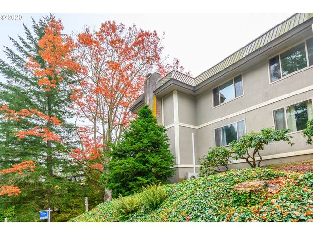 750 1ST St #26, Lake Oswego, OR 97034 (MLS #20318419) :: Townsend Jarvis Group Real Estate