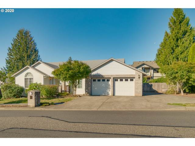 18183 Bluff Rd, Sandy, OR 97055 (MLS #20329517) :: Real Tour Property Group
