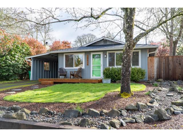 10834 SW 63RD Ave, Portland, OR 97219 (MLS #20350436) :: Premiere Property Group LLC