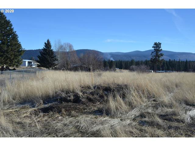 7800 Amberwood Ct, Chiloquin, OR 97624 (MLS #20374960) :: Holdhusen Real Estate Group