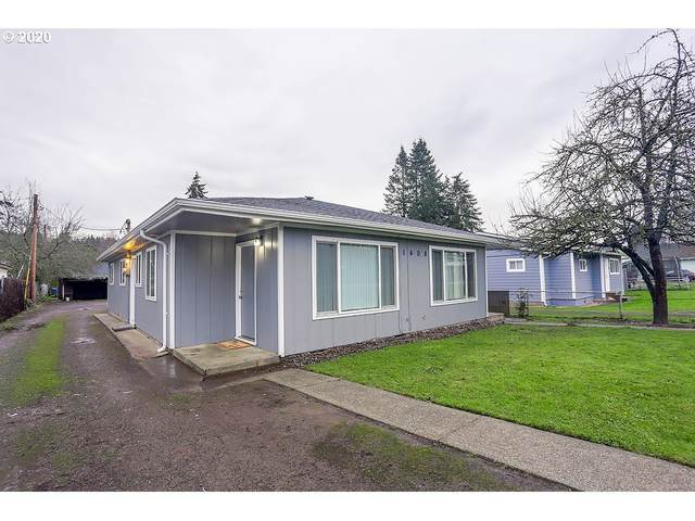 1408 N Pacific Ave, Kelso, WA 98626 (MLS #20422284) :: Change Realty
