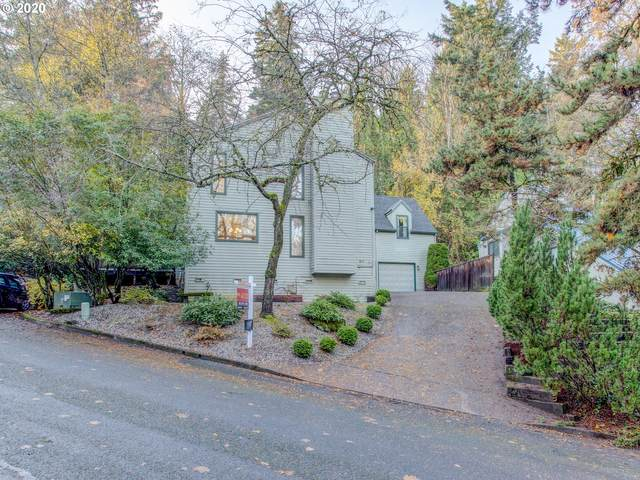 807 SW Terwilliger Pl, Portland, OR 97239 (MLS #20427009) :: The Galand Haas Real Estate Team