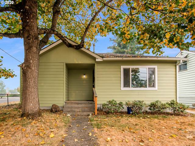 11705 SE Pine St, Portland, OR 97216 (MLS #20449079) :: Beach Loop Realty