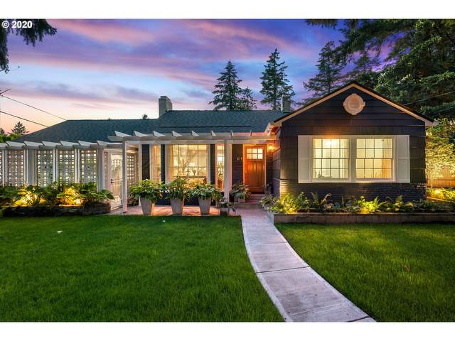 819 NE 111TH Ave, Portland, OR 97220 (MLS #20483465) :: Fox Real Estate Group