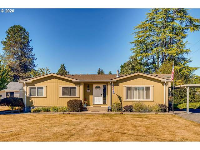 33399 NW E J Smith Rd, Scappoose, OR 97056 (MLS #20565644) :: Premiere Property Group LLC