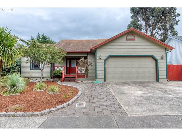 983 Seagate, Coos Bay, OR 97420 (MLS #20587985) :: Cano Real Estate