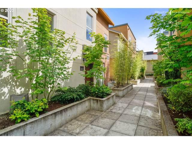 6255 NE Carillion Dr #202, Hillsboro, OR 97124 (MLS #20590353) :: Fox Real Estate Group