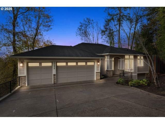 17596 Green Bluff Dr, Lake Oswego, OR 97034 (MLS #20680279) :: Premiere Property Group LLC