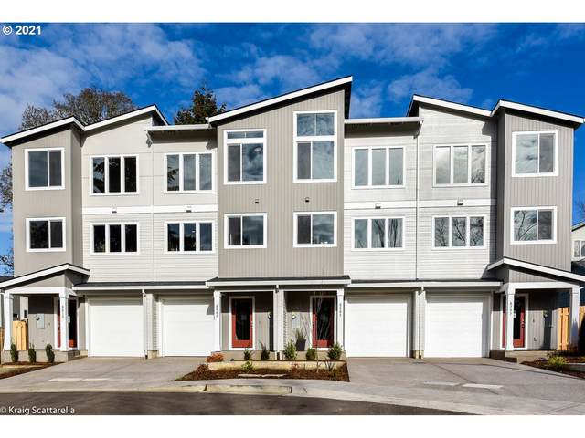 8803 SW Thorn St, Tigard, OR 97223 (MLS #20682094) :: McKillion Real Estate Group