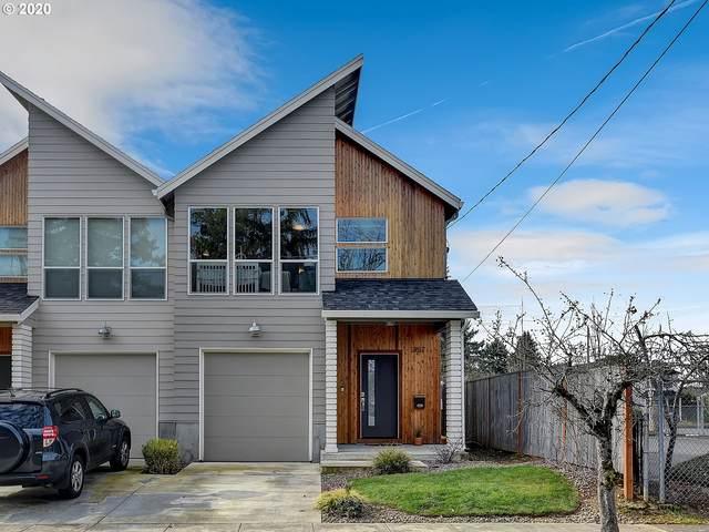 357 NE 75TH Ave, Portland, OR 97213 (MLS #20693713) :: Gustavo Group