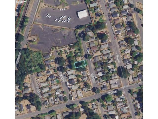 N 12th St, St. Helens, OR 97051 (MLS #21006471) :: McKillion Real Estate Group