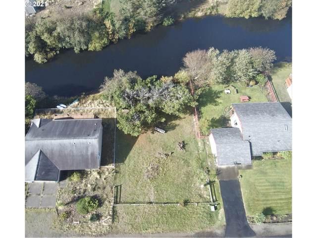 33305 H Pl, Ocean Park, WA 98640 (MLS #21025797) :: Real Estate by Wesley