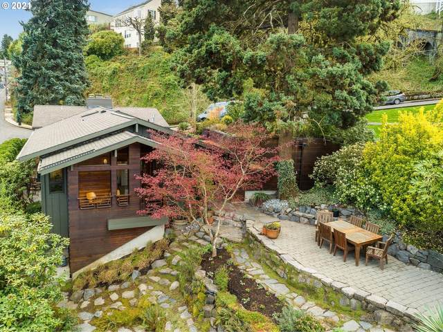 648 NW Melinda Ave, Portland, OR 97210 (MLS #21043461) :: The Pacific Group