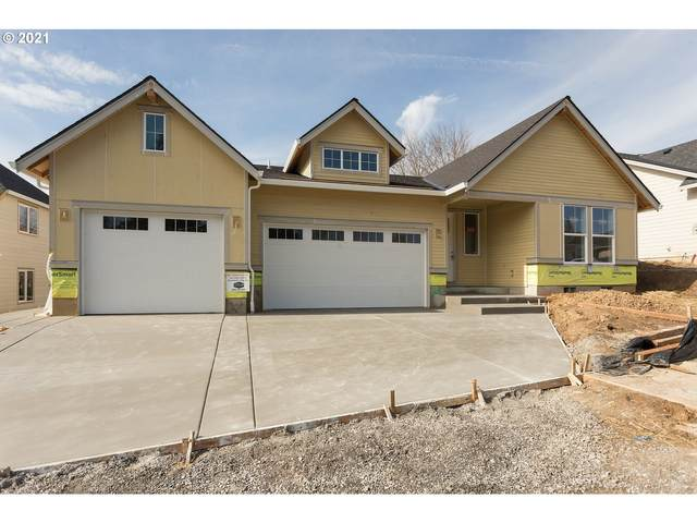 321 NE Lovrien Ave, Gresham, OR 97030 (MLS #21049984) :: Real Tour Property Group