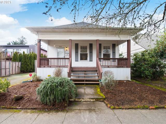 8060 N Ivanhoe St, Portland, OR 97203 (MLS #21054258) :: Change Realty