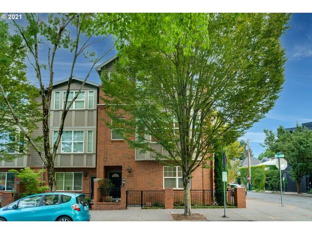 1502 NW 24TH Ave #17, Portland, OR 97210 (MLS #21071514) :: Gustavo Group