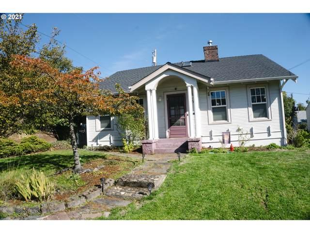 577 NE Winchester St, Roseburg, OR 97470 (MLS #21105036) :: Premiere Property Group LLC