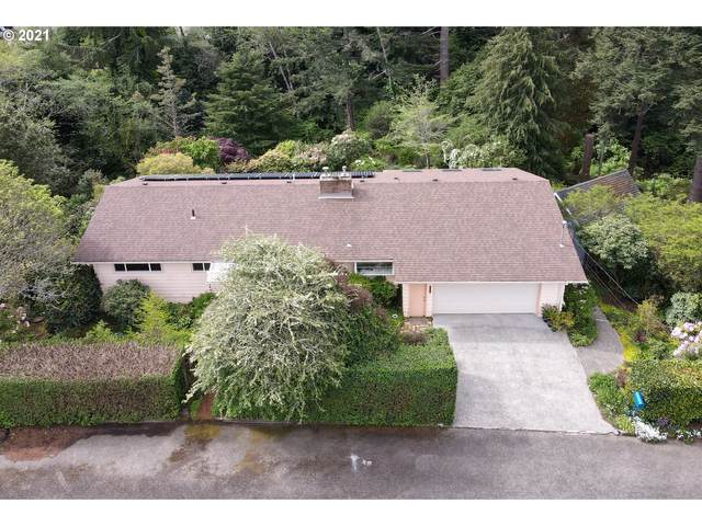 1555 Kingwood Ave, Coos Bay, OR 97420 (MLS #21109609) :: Real Tour Property Group