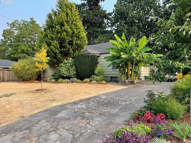 9812 SE Yukon St, Portland, OR 97266 (MLS #21114755) :: Real Tour Property Group