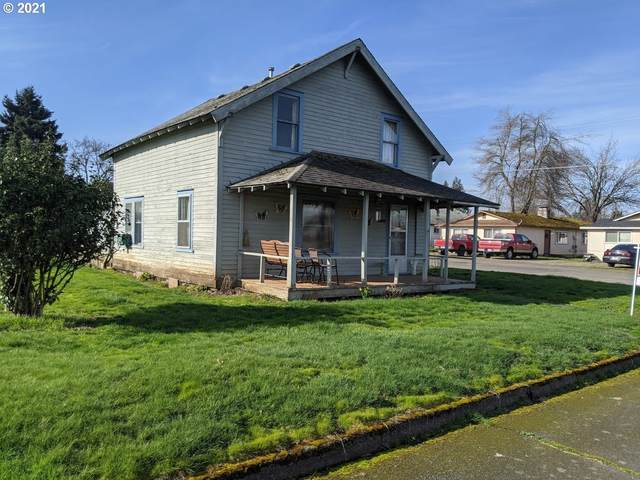 502 E 4TH St, Molalla, OR 97038 (MLS #21137315) :: Premiere Property Group LLC