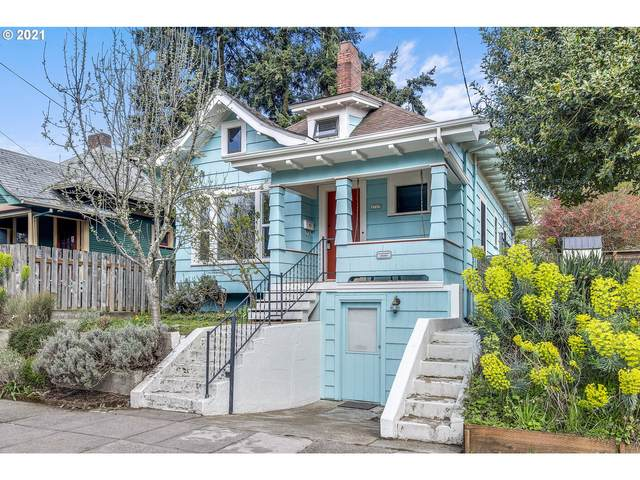 2717 SE Pine St, Portland, OR 97214 (MLS #21140207) :: The Pacific Group