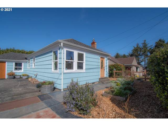 641 SE Inlet Ave, Lincoln City, OR 97367 (MLS #21154696) :: Premiere Property Group LLC