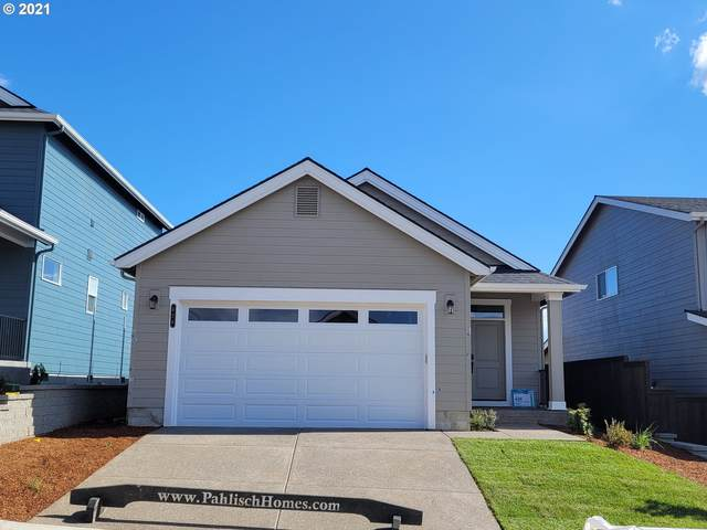 426 NE Arrowhead Dr #204, Estacada, OR 97023 (MLS #21170134) :: Cano Real Estate