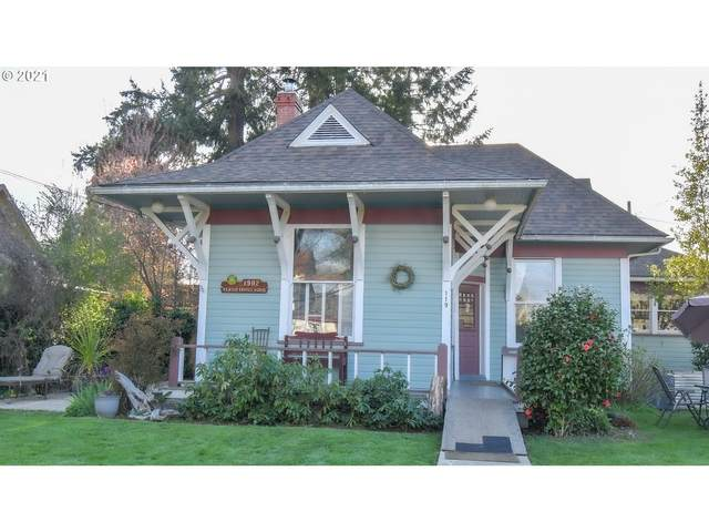 119 N L St, Cottage Grove, OR 97424 (MLS #21172770) :: Song Real Estate