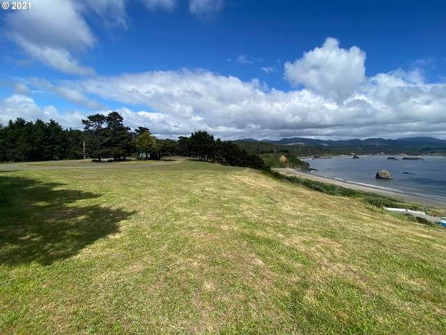 665 5 St, Port Orford, OR 97465 (MLS #21188698) :: The Pacific Group