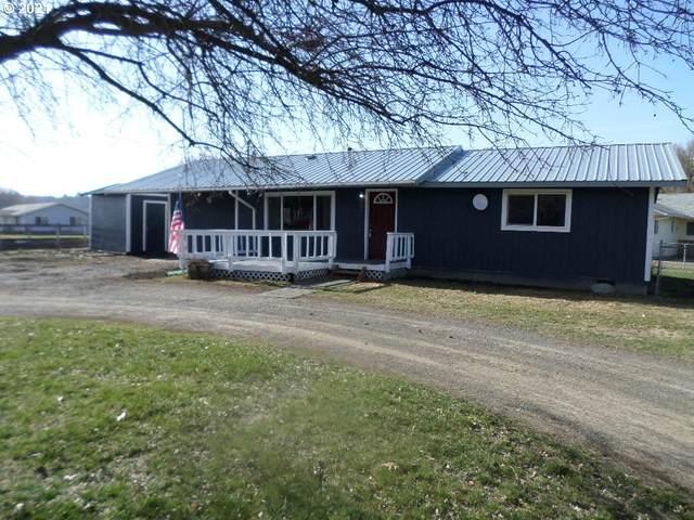 204 Riverside Ave, Wallowa, OR 97885 (MLS #21197232) :: Brantley Christianson Real Estate