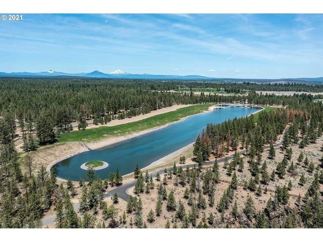 19385 Rim View Ct, Bend, OR 97703 (MLS #21202057) :: Coho Realty