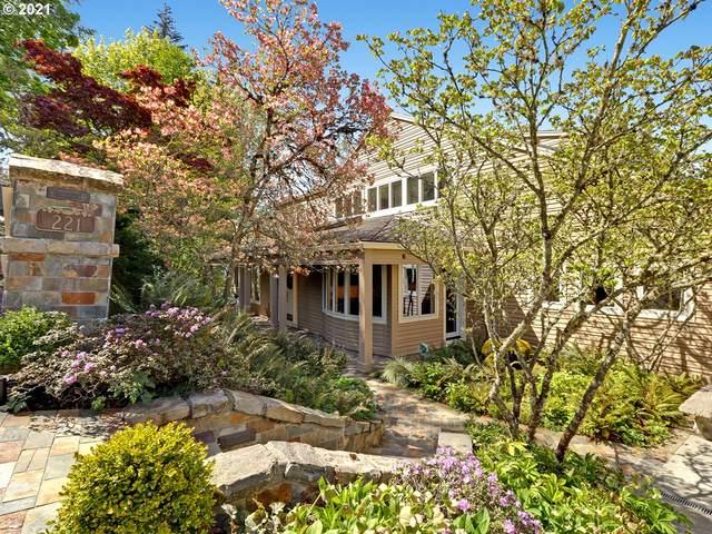 221 SW Moonridge Pl, Portland, OR 97225 (MLS #21204058) :: Holdhusen Real Estate Group