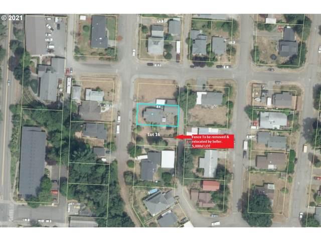 16 SE Currin St, Estacada, OR 97023 (MLS #21264941) :: Tim Shannon Realty, Inc.