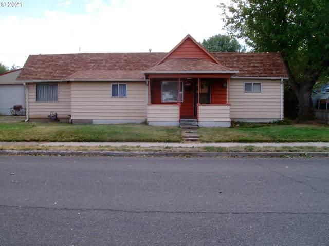 2004 E O Ave, La Grande, OR 97850 (MLS #21281196) :: The Haas Real Estate Team