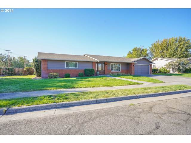 115 W Moore Ave, Hermiston, OR 97838 (MLS #21287891) :: Fox Real Estate Group