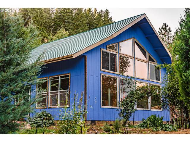 6820 Scotts Valley Rd, Yoncalla, OR 97499 (MLS #21315725) :: McKillion Real Estate Group