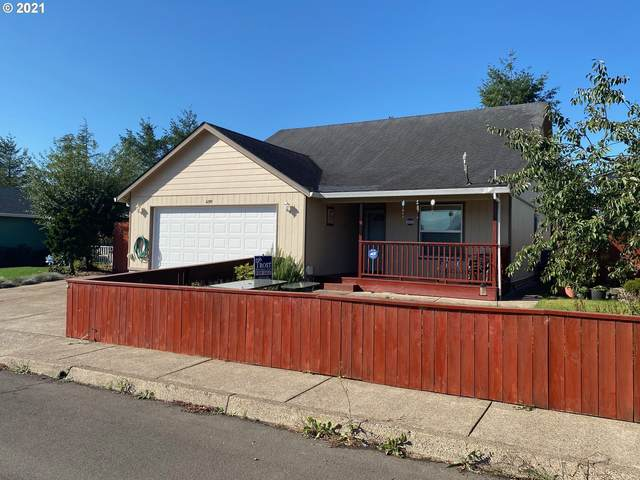 4391 Glenview Ave, Tillamook, OR 97141 (MLS #21327183) :: Premiere Property Group LLC