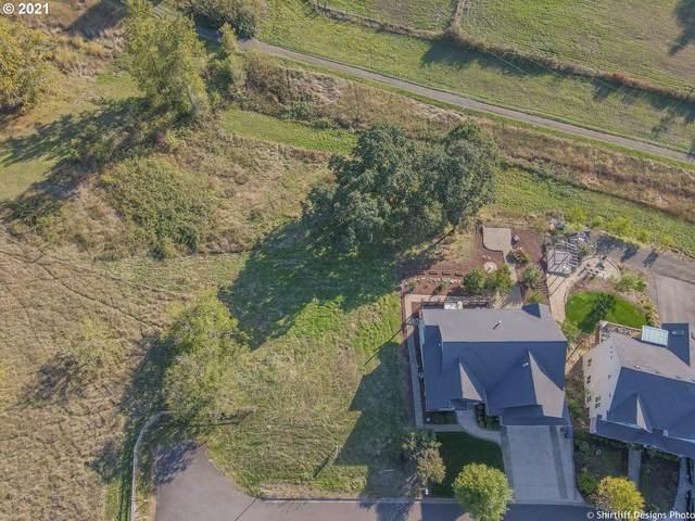 2596 Royalann Ln, Eugene, OR 97405 (MLS #21336319) :: Premiere Property Group LLC