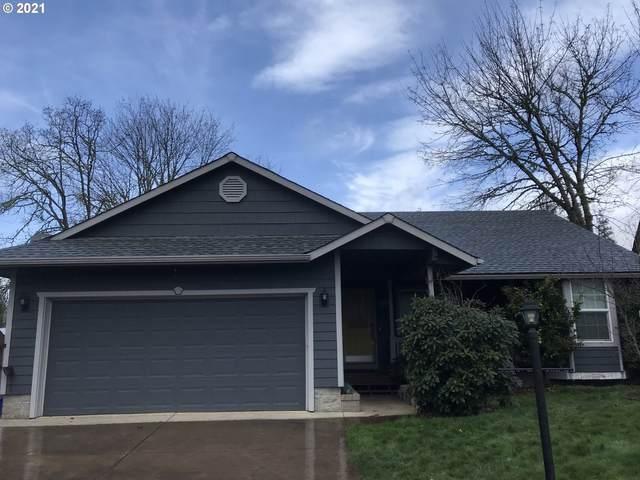 88074 Pine St, Veneta, OR 97487 (MLS #21351106) :: Duncan Real Estate Group