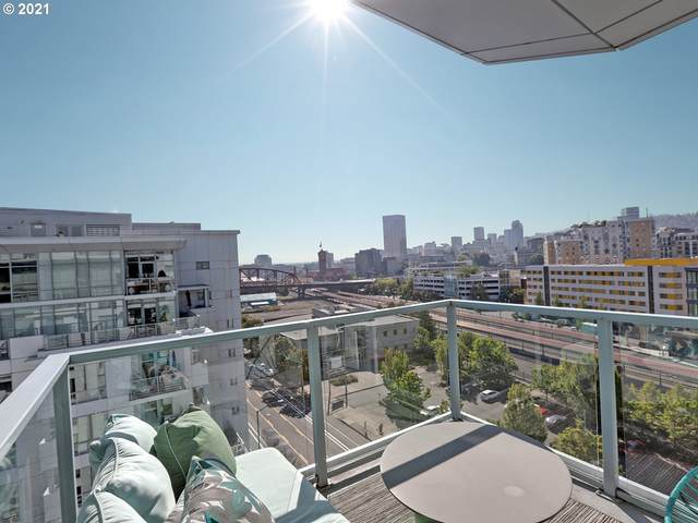 1310 NW Naito Pkwy #1008, Portland, OR 97209 (MLS #21400235) :: The Haas Real Estate Team