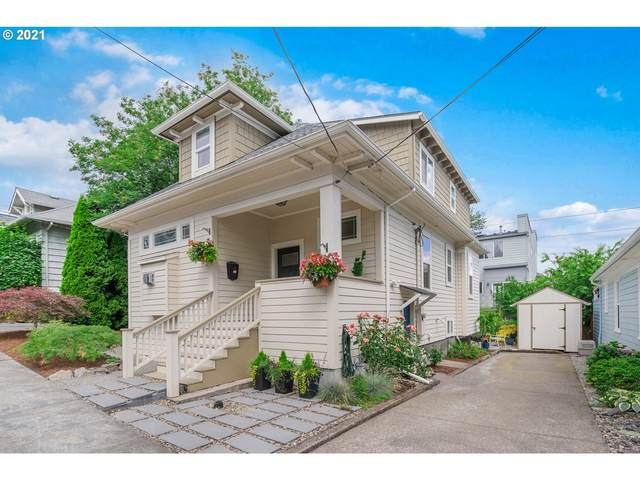 4624 S Water Ave, Portland, OR 97239 (MLS #21436591) :: Holdhusen Real Estate Group
